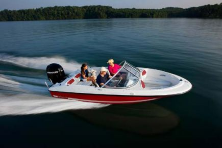 160 Bowrider Outboard Series